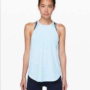 🍋 Lululemon run off-route tank